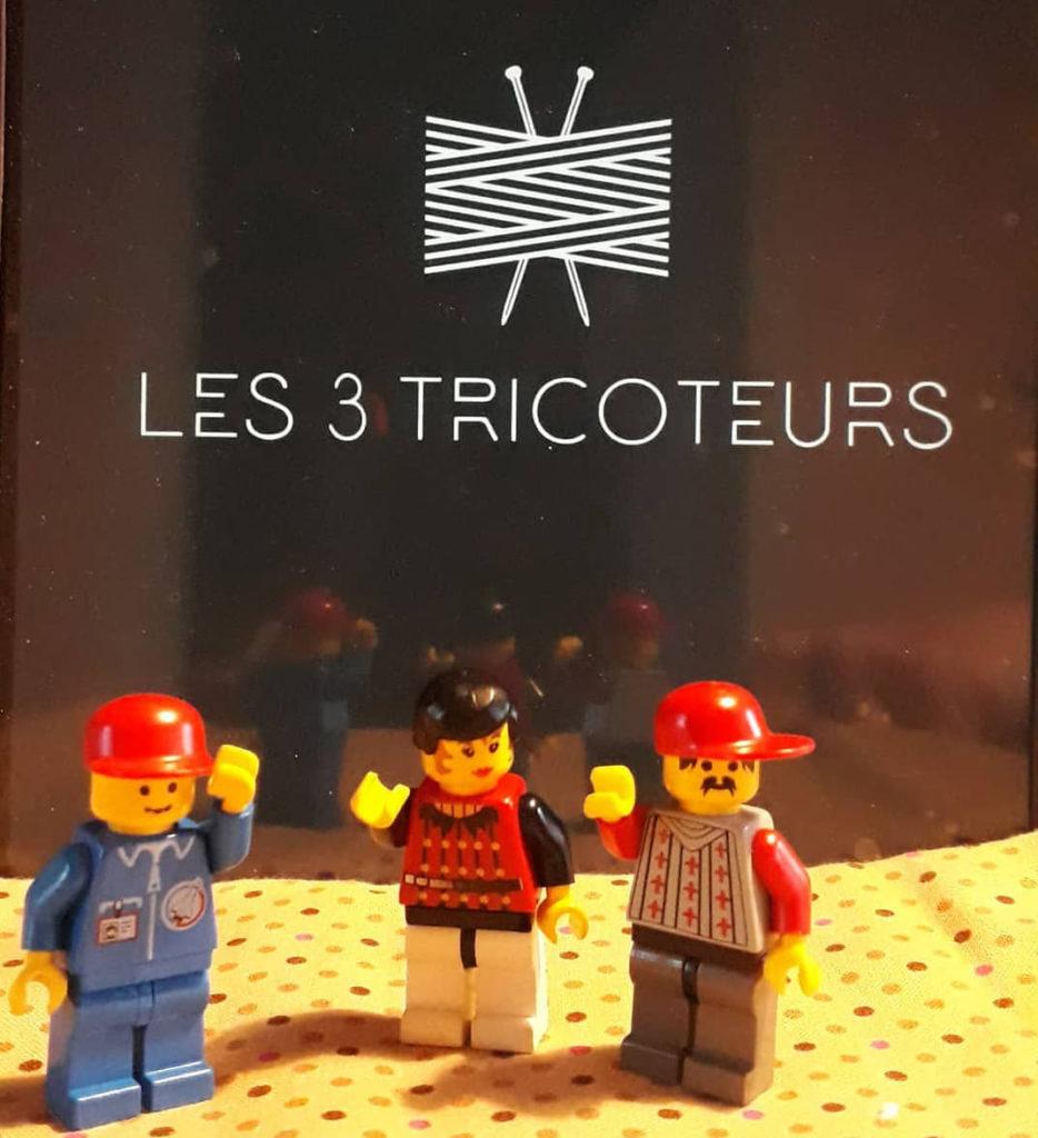 Les Trois Tricoteurs vu par la Famille