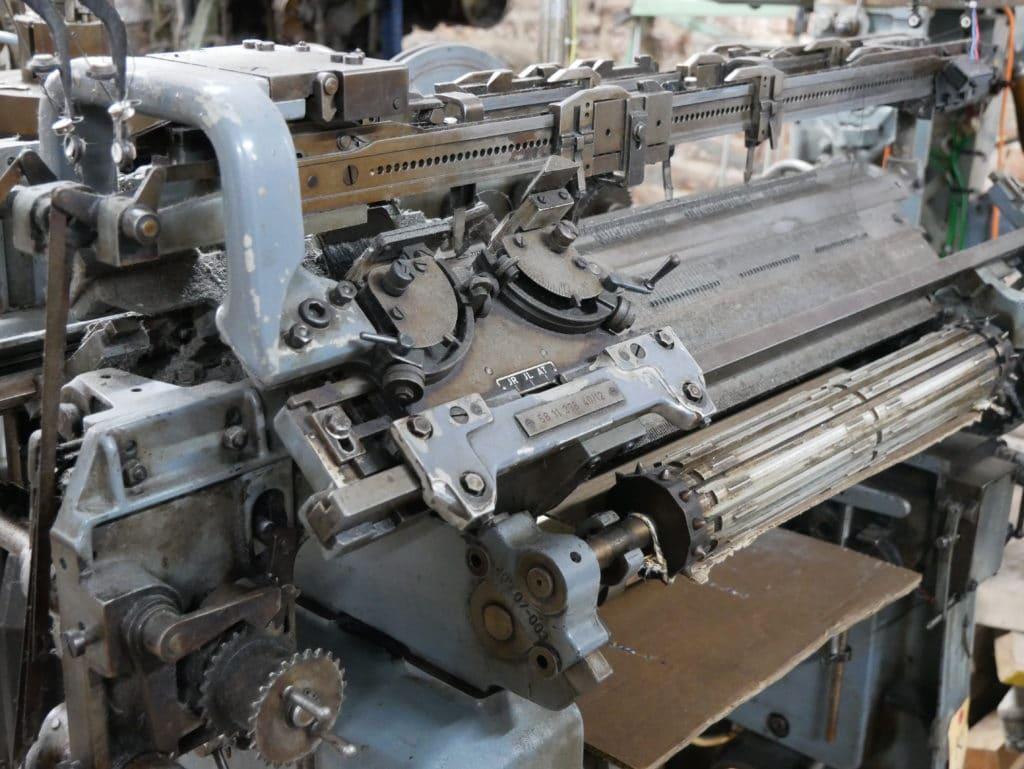 Machine à tricoter de romain de CEetex